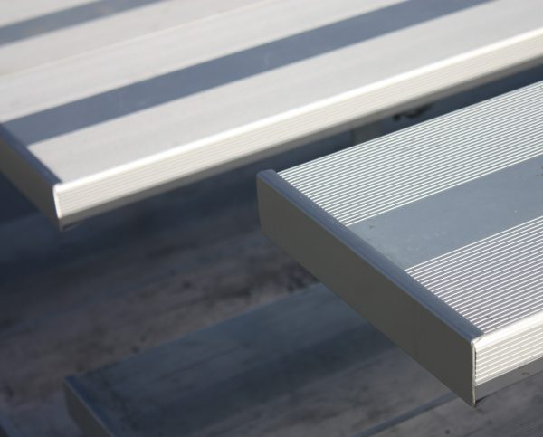 Aluminum Bleachers 2054 scaled