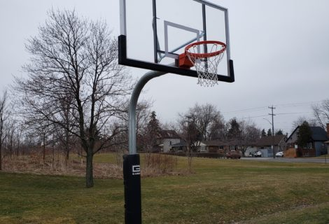 Hillfield Strahallan Goosenecks – Hamilton, ON.